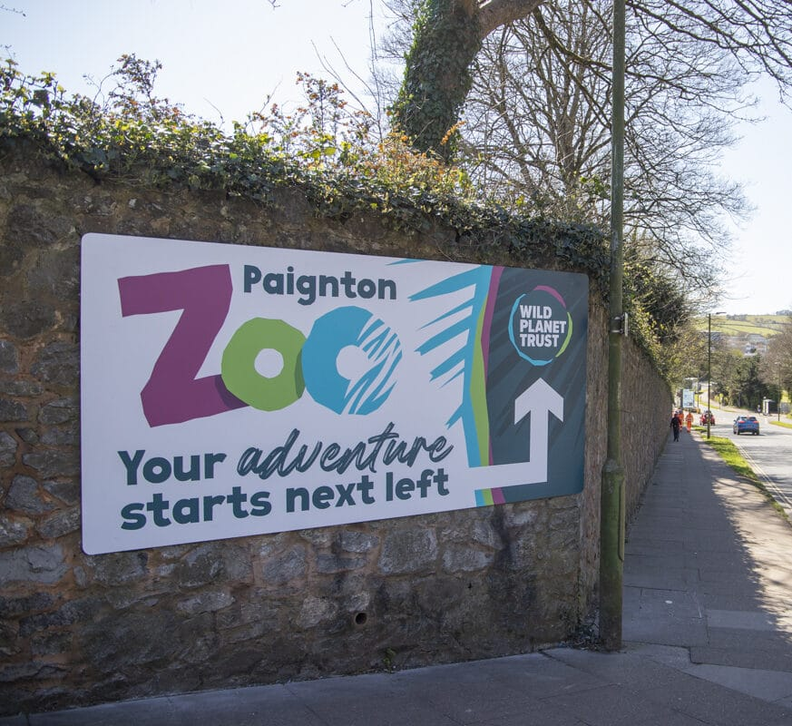 Direction sign to Paignton Zoo on Totnes Road