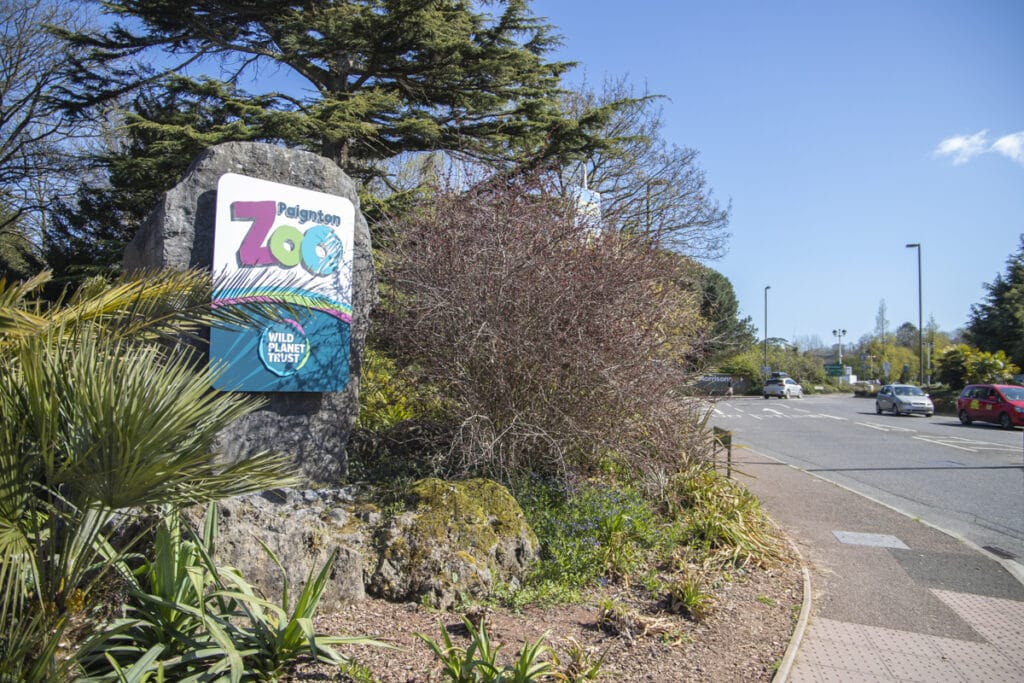 PZ Signage 04 12 ONB LR 29
